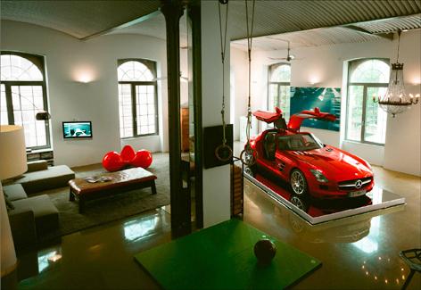 SLS AMG loft